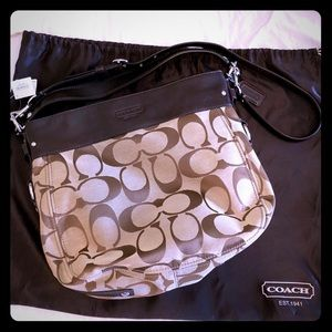 Coach Signature Canvas Large Zoe Hobo Bag NWT